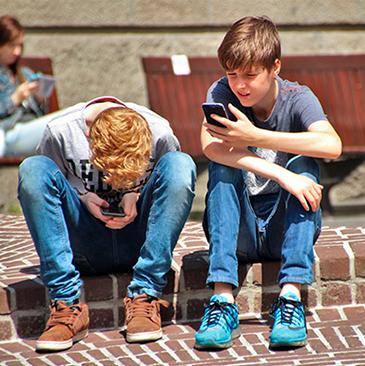 Menors Privacitat_Menores Privacidad